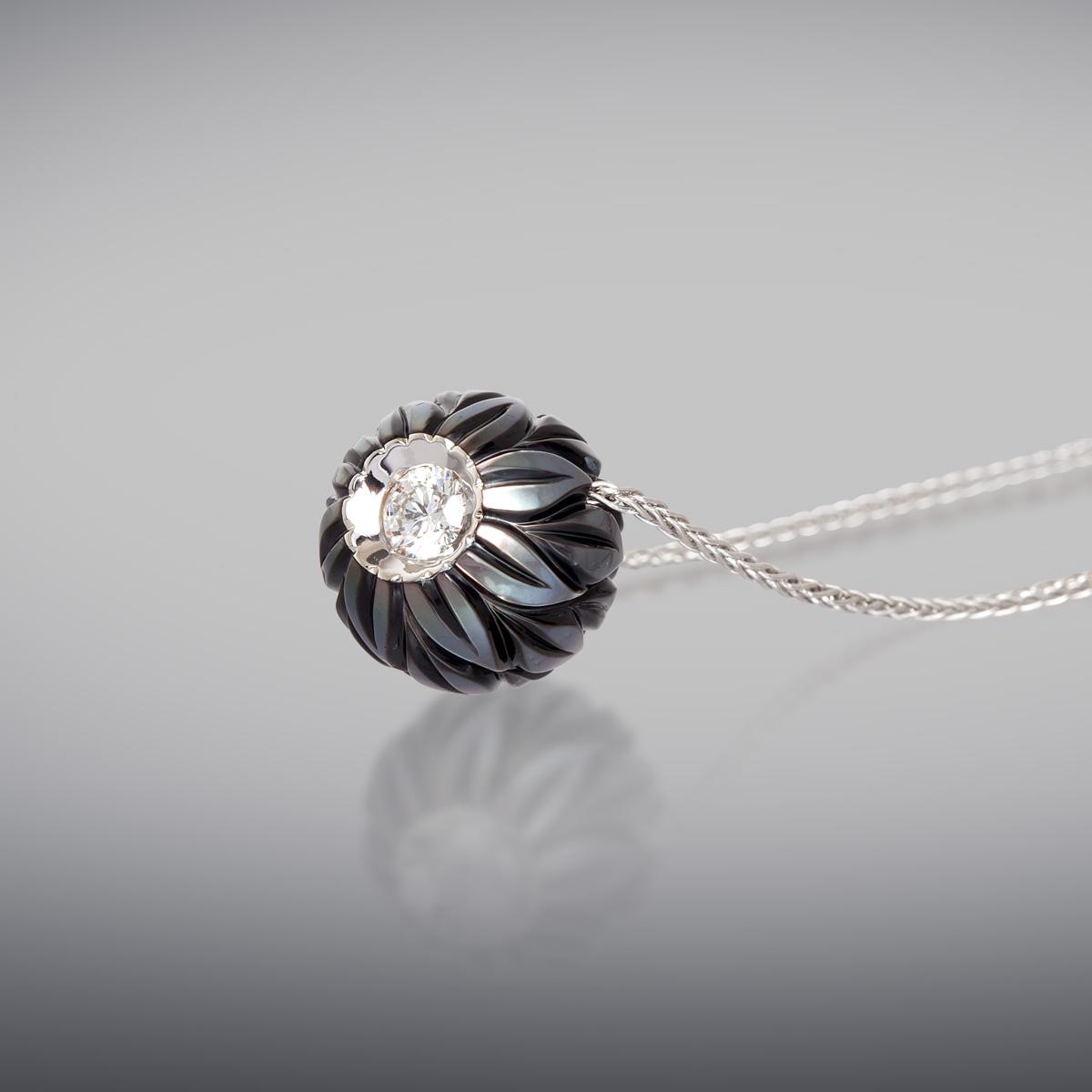 carved pearl pendant shopinde. Black Bedroom Furniture Sets. Home Design Ideas