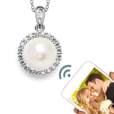 Momento Digital Locket